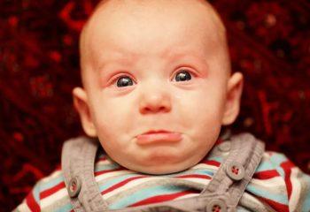 μωρο cry out