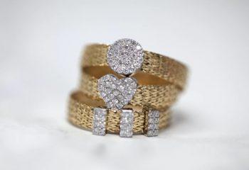 Τρία χρυσά δαχτυλίδια